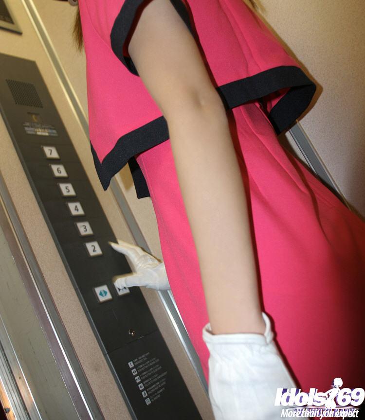 Фото японка показывает эротика