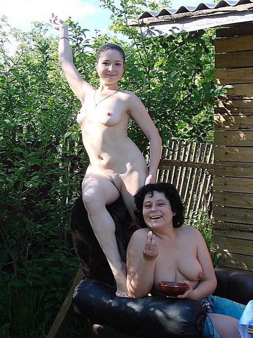 Фото подружки отдыхают эротика