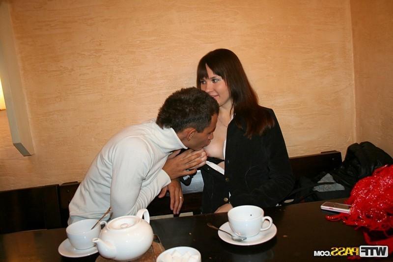 Фото кафе эротика