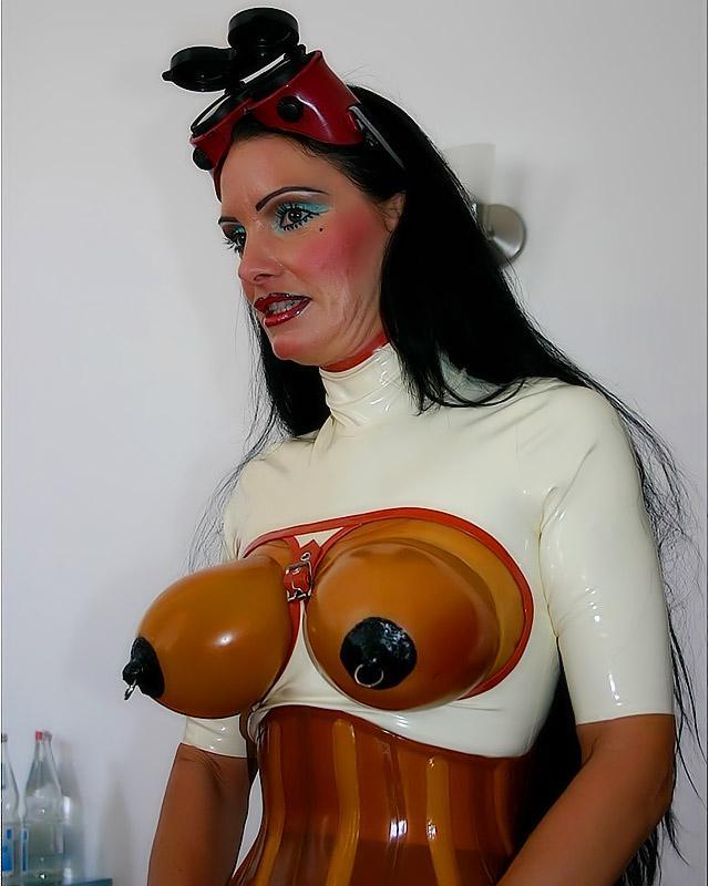 Фото сексуальными играми эротика