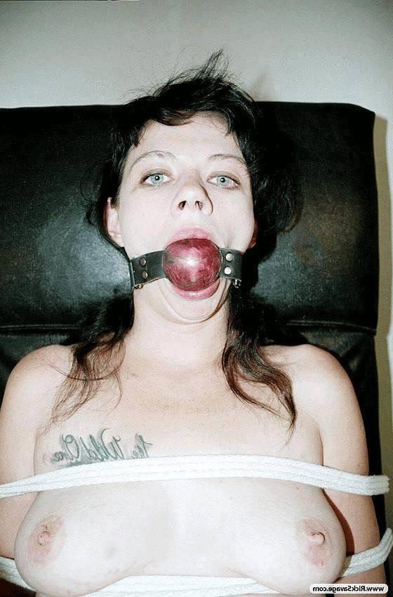 Фото растягивают пизду эротика